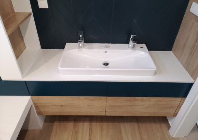 Meble łazienkowe 45