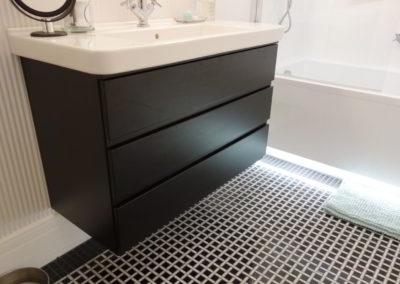 Meble łazienkowe 32