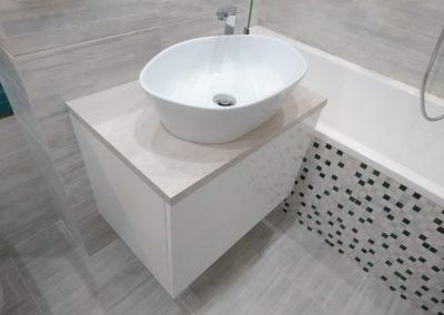 Meble łazienkowe 38